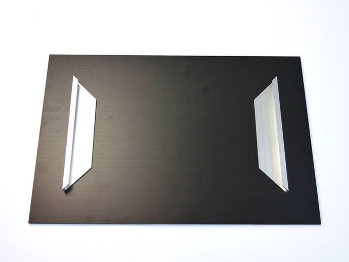 Plexiglas met ophangprofielen